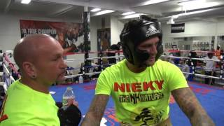 Download Nieky Holzken sparring J'Leon Love inside the Mayweather Boxing Club Video