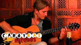 Download Calum Graham - Phoenix Rising (Solo Acoustic Guitar) Video