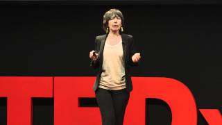 Download From Bello to biutiful: what's going on with the Italian Language? | Annamaria Testa | TEDxMilano Video