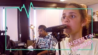 Download SANA IS VAAK IN ADEMNOOD EN TOCH SPEELT ZIJ HOCKEY - TOPDOKS EXTRA Video
