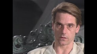 Download Dead Ringers interview: Jeremy Irons Video