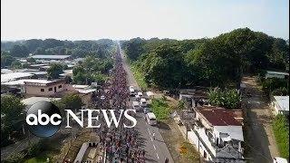 Download Inside the caravan of migrants en route to US border Video