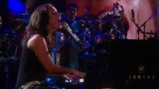 Download Alicia Keys feat. Jay-Z - Empire State of Mind Live Video