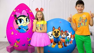 Download Sasha and new Giant toy Eggs with surprises on Christmas Video