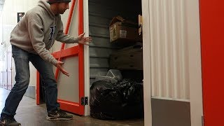 Download I BOUGHT A STORAGE AUCTION LOCKER FOR $30 - What Did I Find? Video