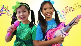 Download Wendy & Jannie Pretend Play Kids Got Talent Nursery Rhymes Sing-Along Song Challenge Video
