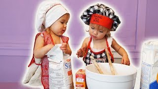 Download One Year Old BABY BAKERS Video