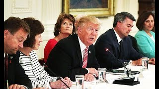 Download Meeting Gets Awkward When Trump Knows NOTHING About Trumpcare Video