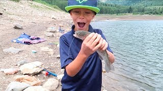 Download 🎣BOY CATCHES HIS FIRST FISH!! 🐡🐠🐟 Video