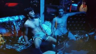 Download 54 (Director's Cut) Ryan Phillippe and Breckin Meyer Kissing Scene Video