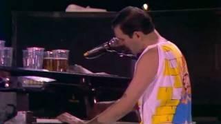 Download Bohemian Rhapsody (Live at Wembley 11-07-1986) Video