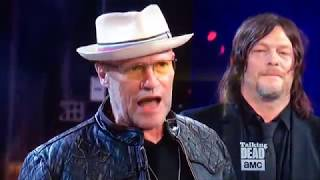 Download Merle Dixon ( Michael Rooker) Flicks Off Live TV Season 8 Premiere Reunion Hershel Greene Returns Video