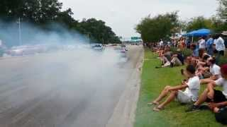 Download Best of Mustang Week 2014 pull outs, burn outs, cops Video