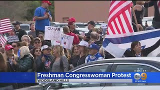 Download Congresswoman Ilhan Omar Met By Protesters In Woodland Hills Video