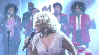 Download Darlene Love 2013 Christmas (Baby, Please Come Home) The Late Show David Letterman Video