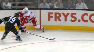 Download HOCKEY PLAYERS ARE AWESOME Video