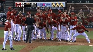 Download Young hits a walk-off home run in the ninth Video