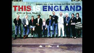 Download 23. Dietro Casa - (Ludovico Einaudi) - [This Is England] Video