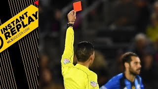 Download Knee to the rib cage? Yeah, that's a red card Video