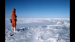 Download ″Race to Antarctica″ - American documentary Video
