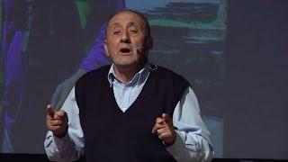 Download El valor del barrio | Manuel López | TEDxLaPincoya Video
