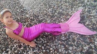 Download Elif Deniz Kızı oldu, sonunda deniz kızı kuyruğumuza kavuştuk, kuyrukla yüzmek zor, mermaid Video