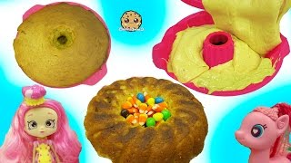 Download Shoppies Chef Club Doll & MLP Pinkie Pie Bake Pumpkin Cake with Surprise Candy Video