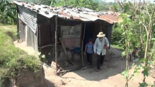 Download La Historia de un Campesino (Grupo Monseñor Romero) Video