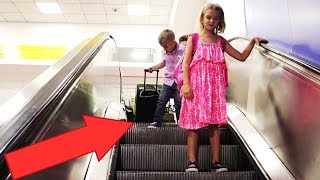 Download Airport Escalator Fail! Video