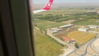 Download Turkish Airlines Boeing 737 -800 landing in Kayseri Video