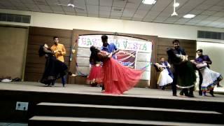 Download IGEC SAGAR Romantic CoUpLe dance on farewell 2011-15 batch(IT) Video