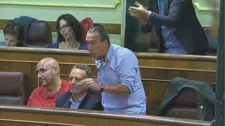 Download JOAN BALDOVÍ zasca brutal a TONI CANTÓ Video