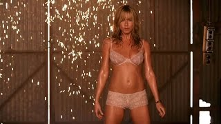 Download Jennifer Aniston Striptease (We're the Millers) Video