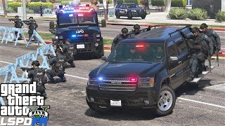 Download GTA 5 LSPDFR 0.4.1 #715 SWAT Responding To Police Station Attack While Hanging On The Side Of Trucks Video