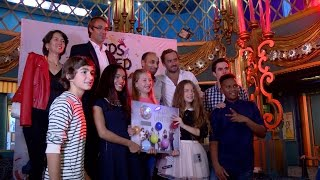 Download Erza et les Kids United aux Folies Bergère Video