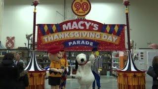 Download Girl Scouts, 'Aloha Spirit' Among Macy's Floats Video