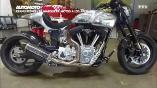 Download Keanu Reeves nous présente sa marque de moto Video