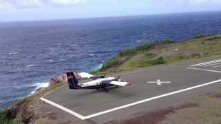 Download ✈ Shortest runway in the world ! (HD 1080p) ✔ Video