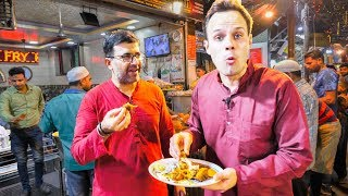 Download EXTREMELY DEEP Indian Street Food Tour of OLD DELHI - INSANE Street Food ACTION for RAMZAN! Video