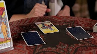 Download How to Do a Yes / No Reading | Tarot Cards Video