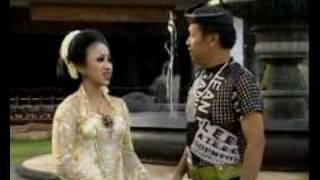 Download campursari pati (GULU PEDHOT) by DIKIN CS Video