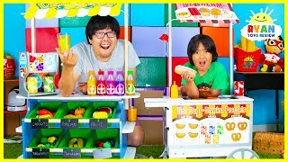 Download Ryan Pretend Play Grocery Store and Ice Cream Hot Dog Cart Toys! Video