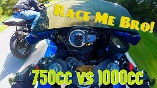 Download STREET RACE - Yamaha R1 vs Suzuki GSXR750 Video