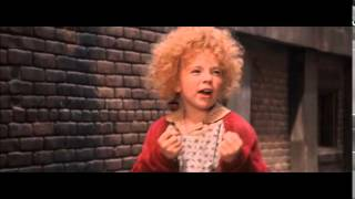 Download Annie (1982) - Annie Meets Sandy Video