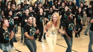 Download Beyonce surprises students - Let's Move! Flash Workout for New York City Video