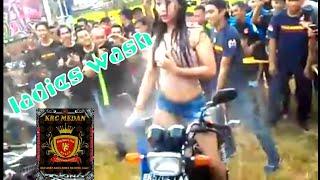 Download Ladies wash anniversary 1 Dekade KRC medan Video