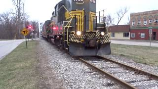 Download Adrian & Blissfield EMD GP9 pulls the Old Road Dinner Train 3-18-17 Video