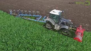 Download Black Track Fendt | topping & ploughing in 1 pass | Fendt 724 on Zuidberg tracks Video