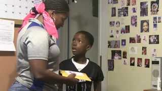 Download Mom pranks kid on 8th birthday Video