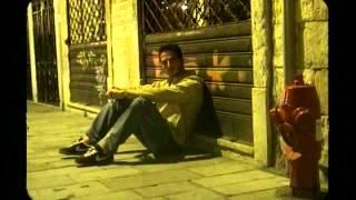 Download Gökhan Özen - Herşeyde Biraz Sen Varsın Video